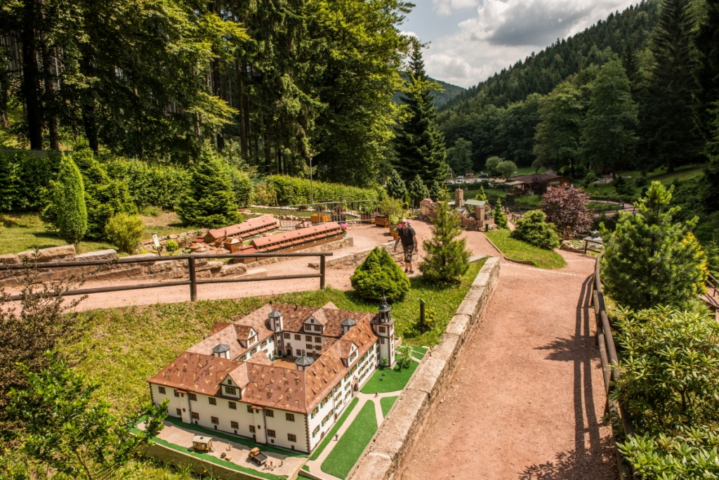Mini a th r der einzige miniaturenpark th ringens in for Mini ferienhaus
